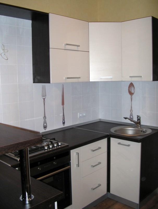 Кухонный гарнитур мдф фасады белая