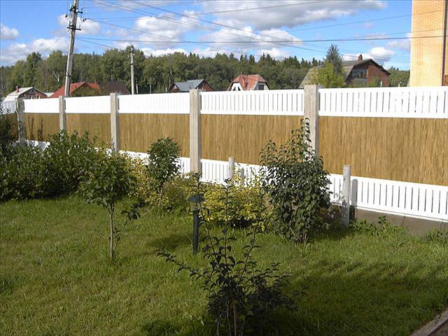 Установка пластиковых заборов и ворот